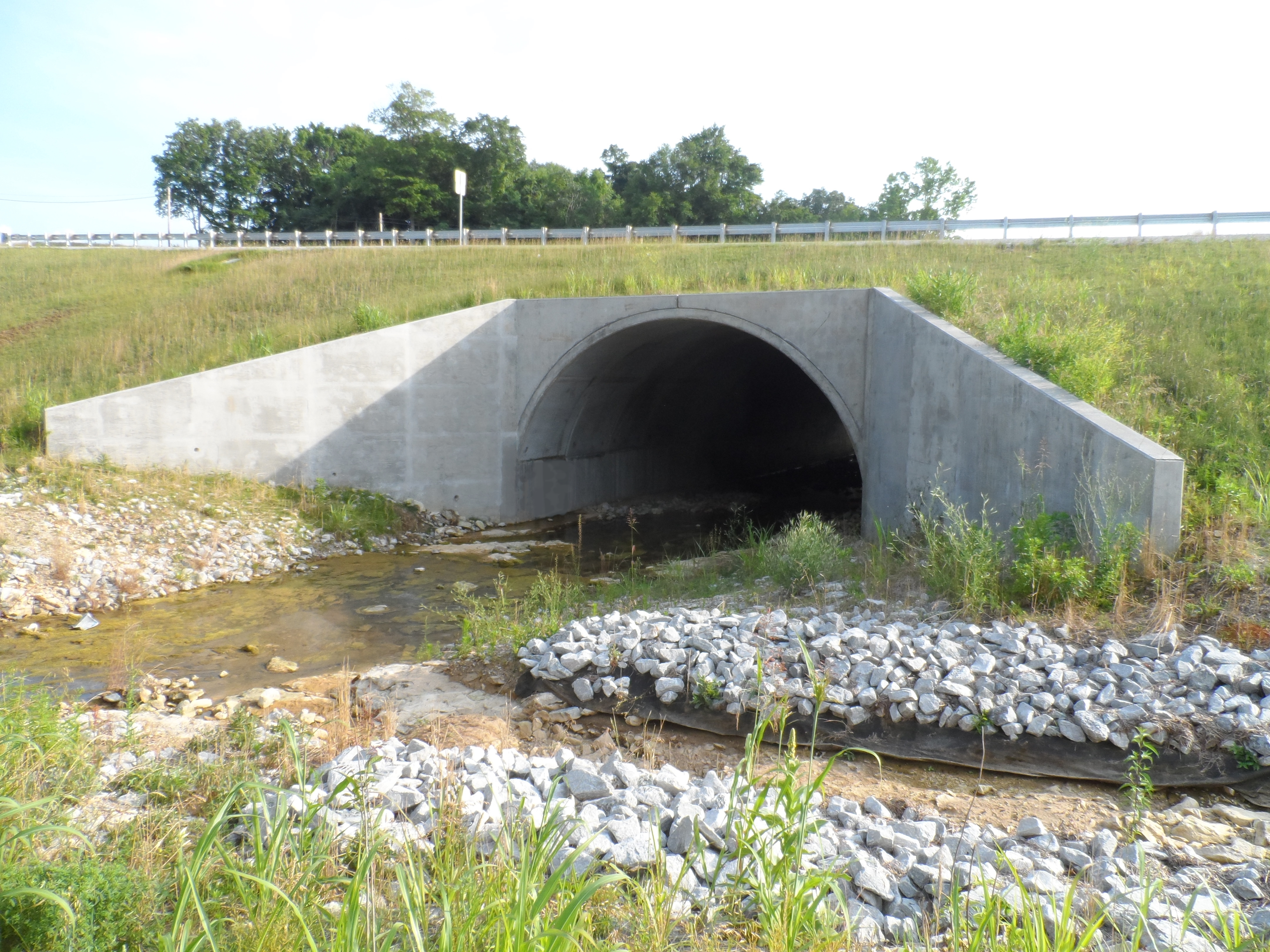 Precast Concrete arch bridge extension